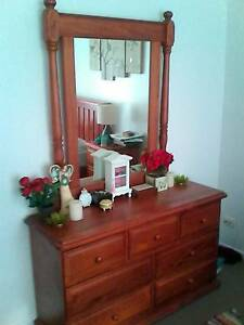 Beautiful Dressing Table Nowra Nowra-Bomaderry Preview
