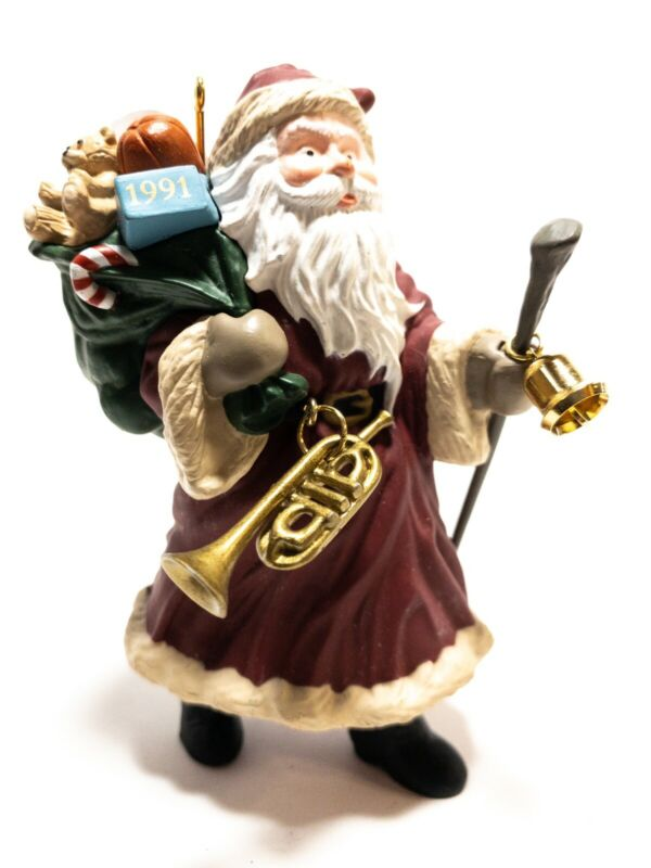 "Hallmark Keepsake Ornament #2 ""Merry Olde Santa"" Collector"