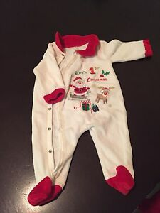 Christmas Sleep suits and bibs, hat & slippers Edmonton Edmonton Area image 4