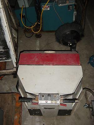 Advance Self-propelled Walk-behind Industrial Floor Sweepervacuum Mdl 360g
