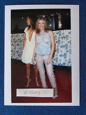 """Original Press Photo - 8""""x6"""" - Kylie Minogue & Jade Jagger - 2002 - A"""