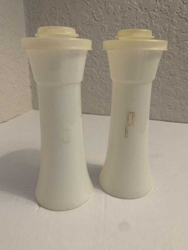 "VINTAGE 6"" TALL HOURGLASS Tupperware Salt & Pepper Shakers White"