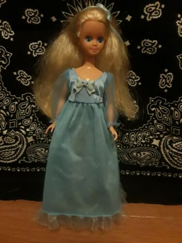 Vintage Barbie / Skipper Doll Dressed Blonde Lot 243 - $7.99