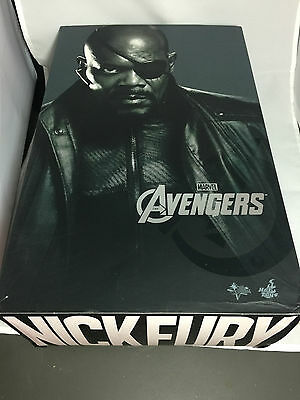 Hot Toys The Avengers Nick Fury MMS169 1/6th scale Collectible Figure