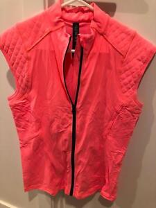 Lorna Lane Short Sleeve Quilted Vest - size L