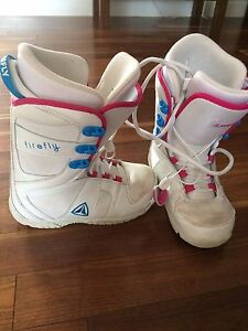 Girls Firefly Snowboard boots Size 5