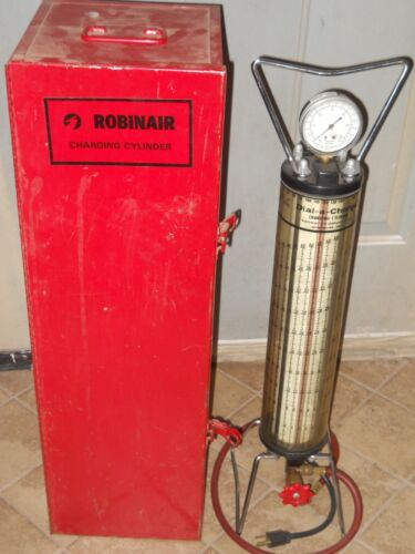 10lb robinair heated charging cylinder ,with metal hard case .
