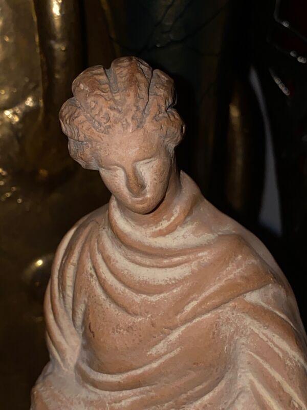 A Boeotian Tanagra Greek Terracotta Lady - Ancient Art & Antiquities