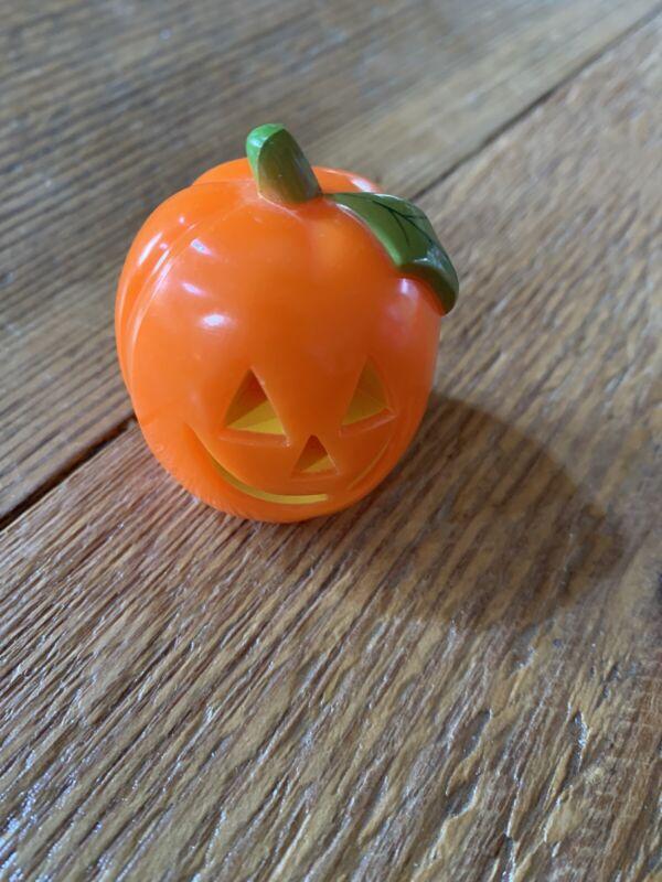 Hallmark Merry Miniatures Halloween Pumpkin Jack o Lantern 1974 smiley face