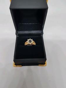 9ct gold daimond saphire ring