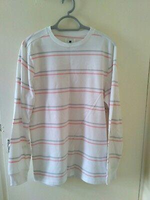 size? Essentials LS T-shirt Tee Medium SUPREME PALACE