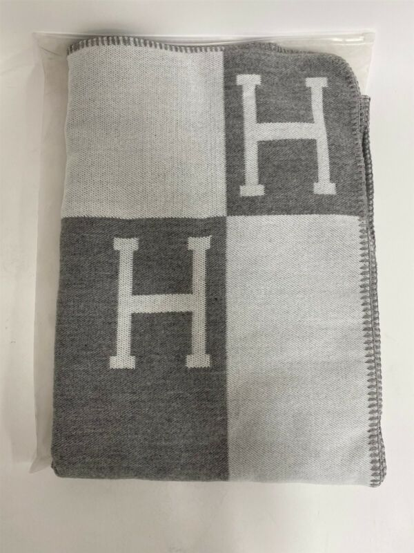 "Initial H Cashmere Monogram Soft Knitted Throw Blanket, 55"" x 63"", Gray"