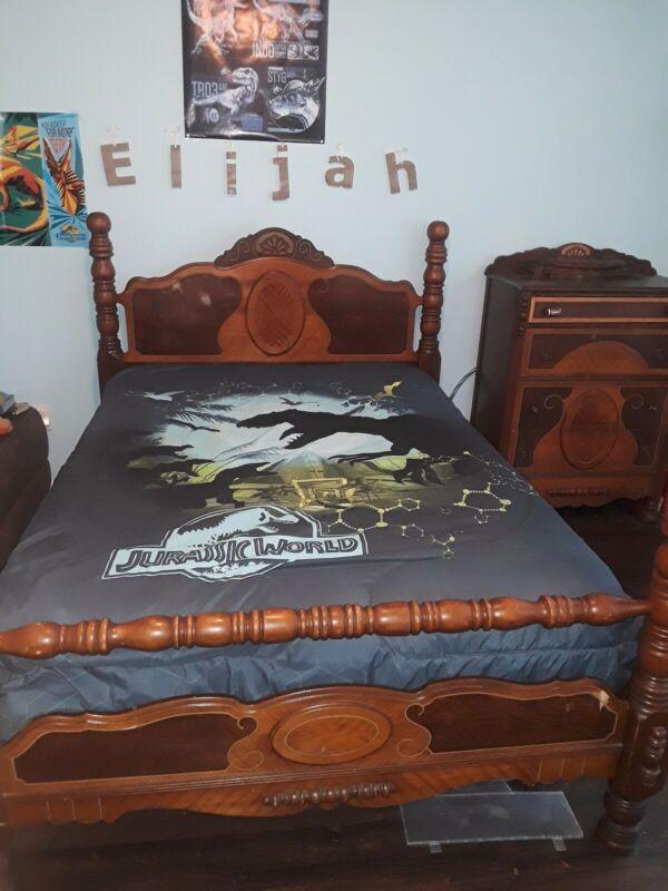 antique full sized bedroom set