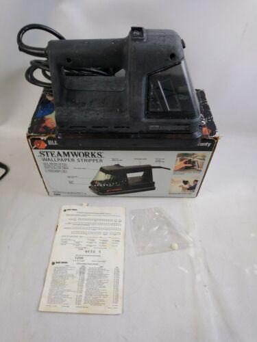 Black Decker Steamworks Wallpaper Stripper-Remover w/Original Box e3
