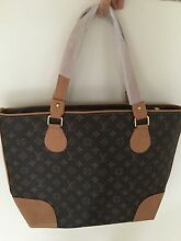 Brand new LV bag Roxburgh Park Hume Area Preview