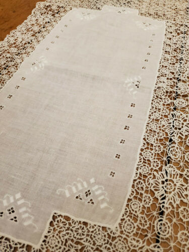 Elegant Vintage Antique Italian Needle Lace Embroidered Linen Table Runner