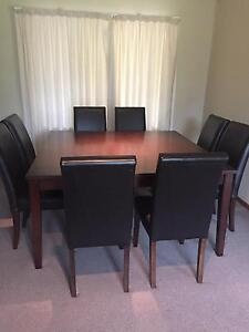 Brown 8 seater dining table Leonay Penrith Area Preview