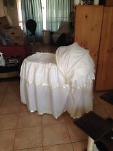Baby bassinet Toukley Wyong Area Preview