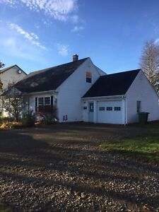 4 BR House for Rent in Sherwood