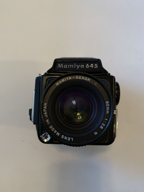 Mamiya M645 Medium Format 80mm F2.8 & 210mm F/4 Lens Eye Level Finder