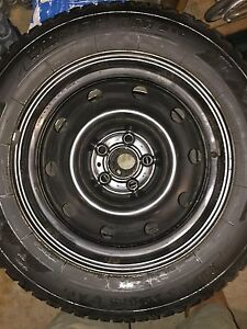 Winter Tires w/ no rust rims/fits Chrysler 300