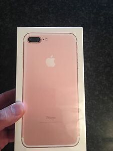 Brand New Sealed  IPHONE 7 PLUS 32GB Rose Gold UNLOCKED