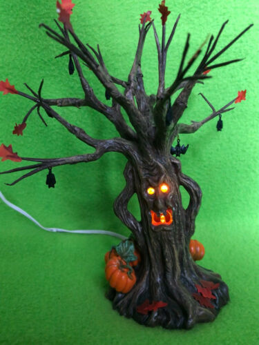 DEPARTMENT 56 Snow Village HALLOWEEN LIT SPOOKY TREE, lighted flashing face