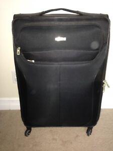 """Samsonite Lift 29"""" Spinner Suitcase"""