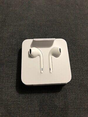 ORIGINAL Apple Earphones Headphone For IPhone 7,7 Plus,8 , X ,XS. 100% Original.