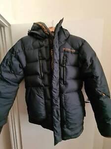 Mountain designs Aurora Duvet jacket size mens XS