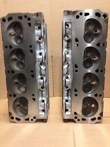 351W FORD GT40 3 BAR PAIR OF CYLINDER HEADS # F3ZE 1/2
