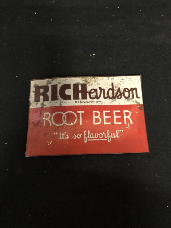 "1960's 5 3/8"" Richardson Root Beer Sign"