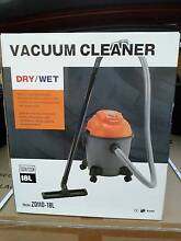 NEW IN BOX DY AUS 18 LTR. WET + DRY VACUUM CLEANER Toongabbie Parramatta Area Preview