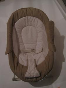 Chaise vibrante de bébé - Summer