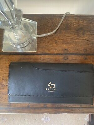 Radley Large Pockets Purse Black Leather