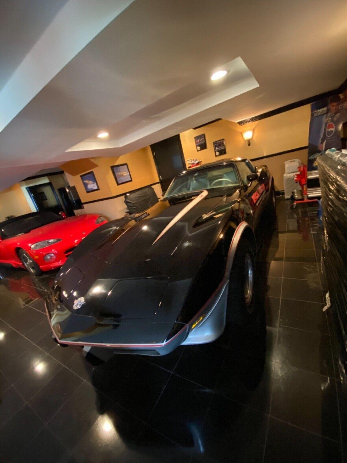 1978 Black Chevrolet Corvette   | C3 Corvette Photo 4