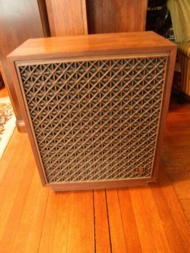 Rectilinear Lowboy Loudspeakers 1970