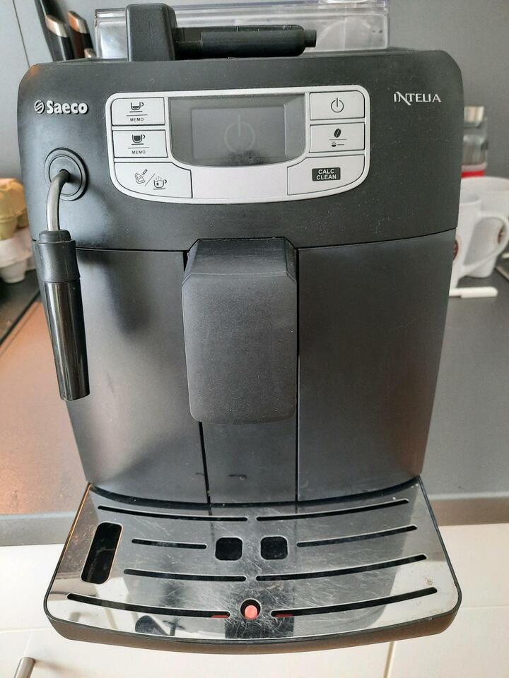 Kaffeevollautomat Saeco Intelia HD8751 in Altona - Hamburg Ottensen