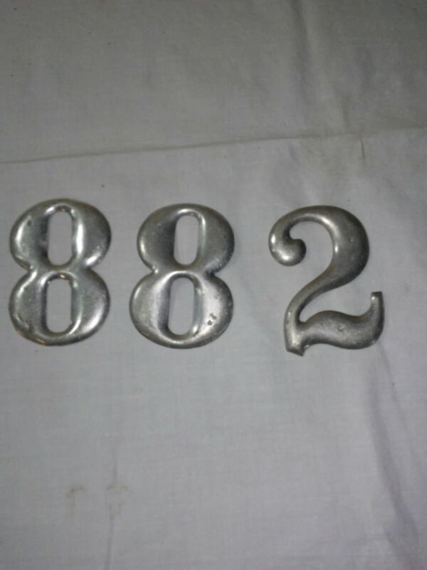 "3 Vintage Numbers Sign Bowed Aluminum Metal 8//8/2  3"""