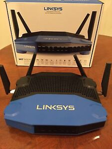 LInksys 1900AC Dual Band Gigabit WiFi Router