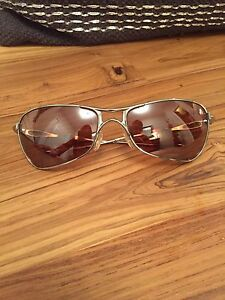 Oakley sunglasses  original Crosshair