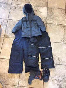 Size 2T snow suit
