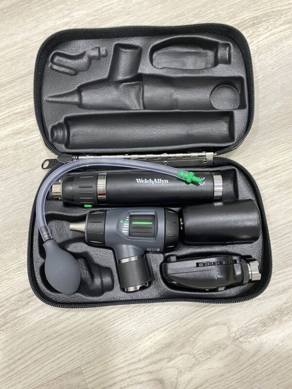 Otoscope Ophthalmoscope set WELCH ALLYN With Case