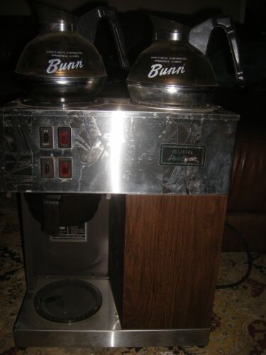 Bunn Stainless Coffee Maker With 2 Warmers