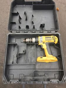 Dewalt 18v hammerdrill XRP base tool and case