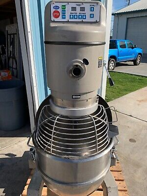 Globe Sp80 Commercial Sp 80 Quart Mixer With Attachments