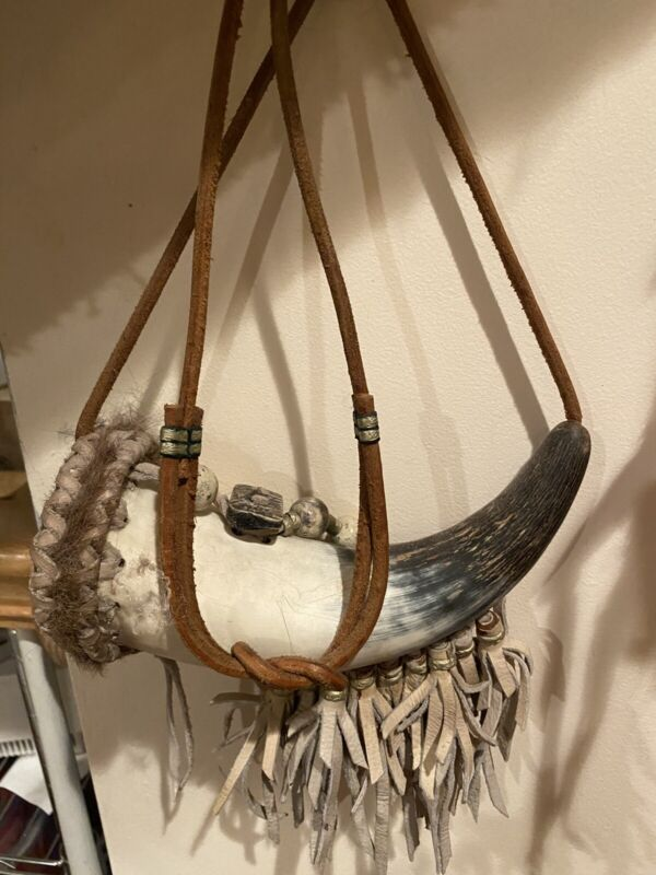 Native American Hand Made Powder Horn With Fur And Leather Shoulder Strap