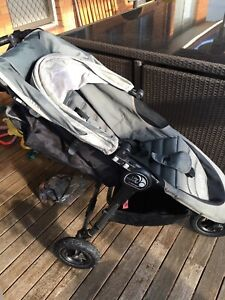 Baby Jogger City Mini GT Stroller and travel bag