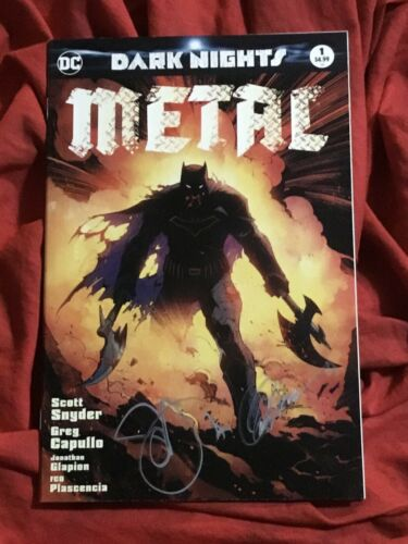 DARK NIGHTS METAL #1~CSA BATMAN VARIANT~SIGNED BY SCOTT SNYDER+GREG CAPULLO~C