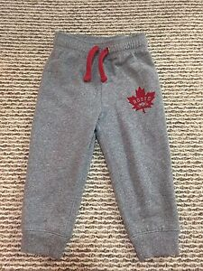 Roots girls size 6 capris sweat pants - brand new